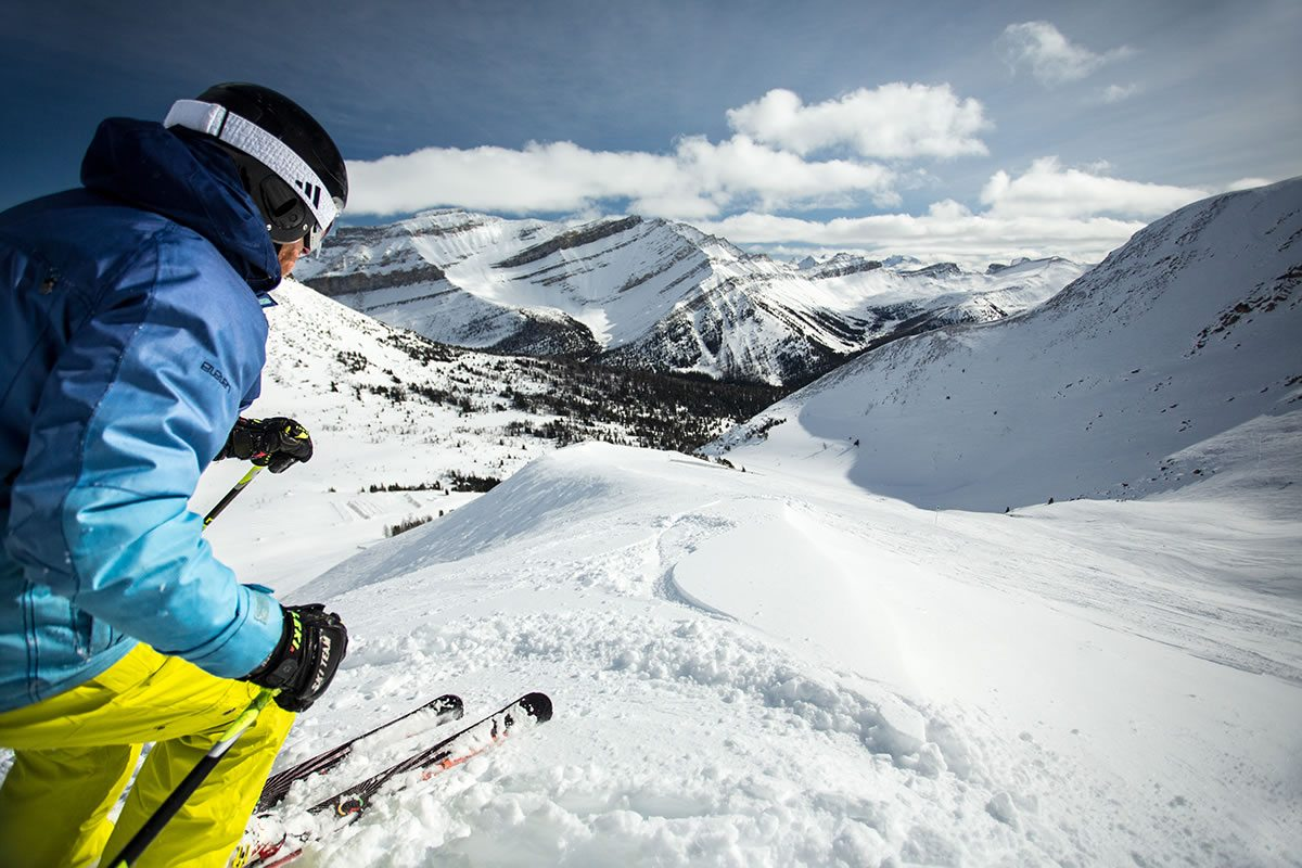 Pin by Layla Floyd on Home | Ski canada, Ski banff ...