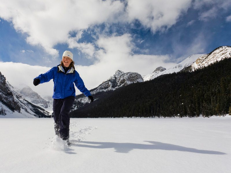 Snowshoeing in Lake Louise