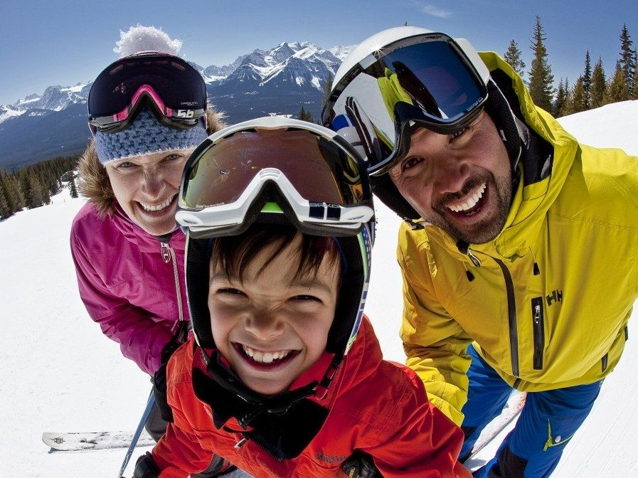 Everything to Plan Your Dream Ski Vacation to Banff & Lake Louise