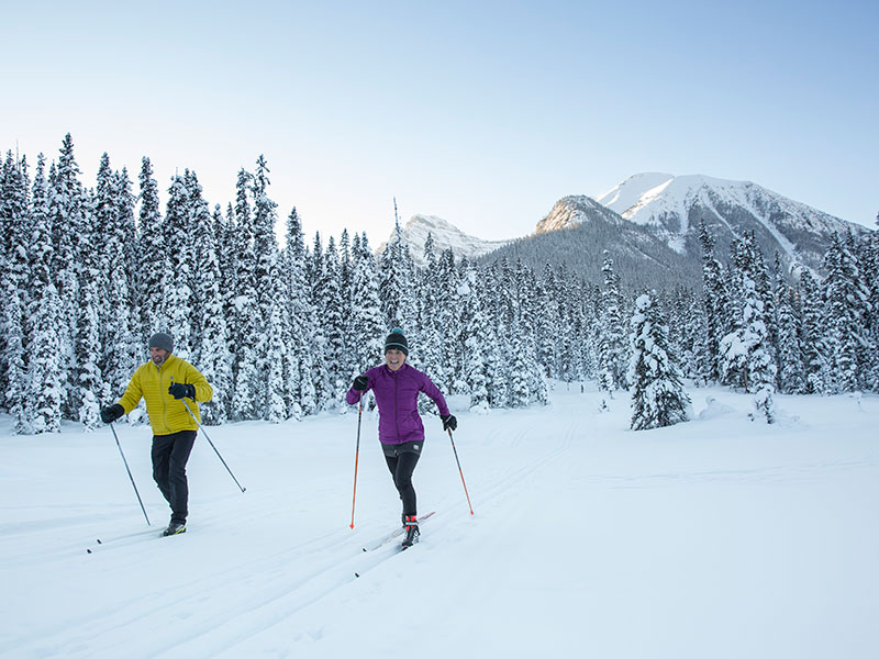 Cross Country Skiing on Great Divide Trail