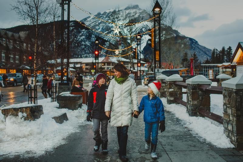 A winter walk down Banff Avenue. Photo by Kelly MacDonald.