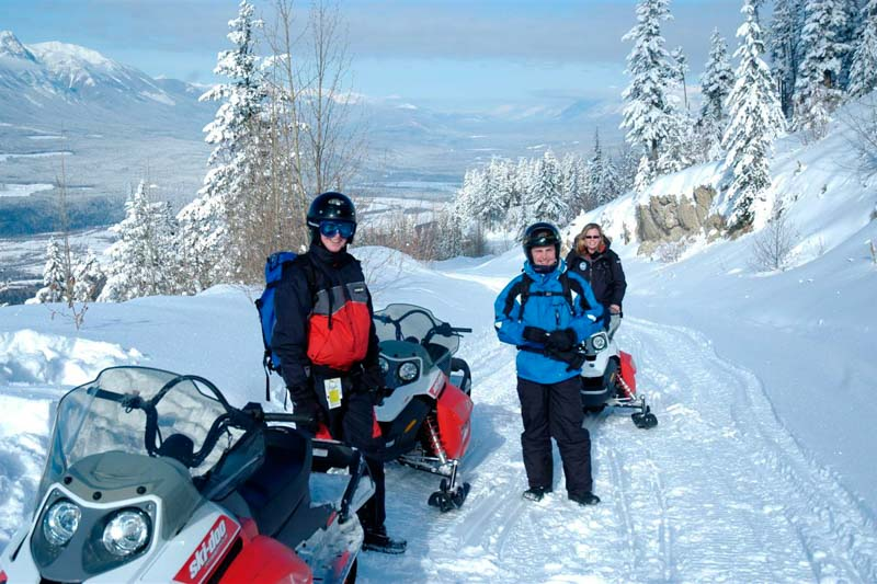 Photo courtesy of White N' Wild Snowmobiling.