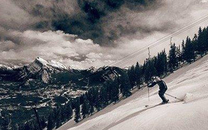 Skier at Mt Norquay