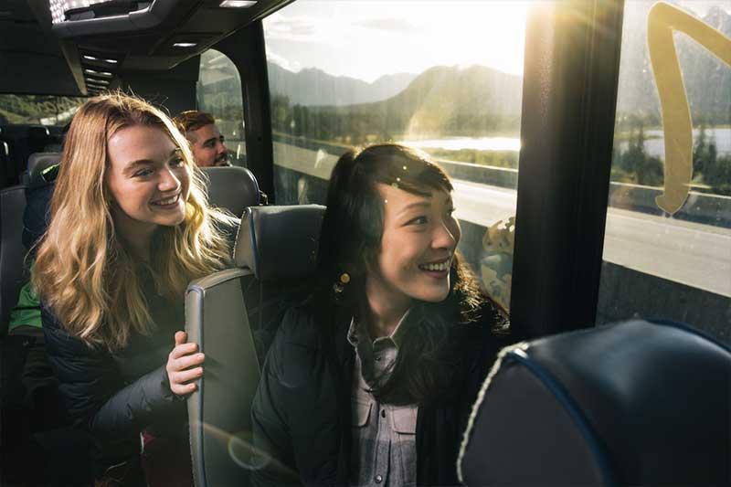 ROAM Transit bus to Lake Louise, photo by Damian Blunt